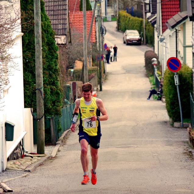 Underveis i sprinten. Foto: Emil Wingstedt